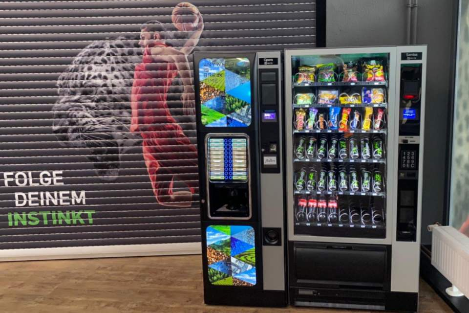 Flavura Automaten: Kaffeeautomaten & Vendingautomaten: Verpflegungsautomaten, Snackautomaten, Eisautomaten, Foodautomaten, Lebensmittelautomaten, Getränkeautomaten, Kaffeevollautomaten, Verkaufsautomaten, Warenautomaten, Flavura Kaffee